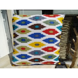 Cushion cover in 40X40 cm printed IKAT multicolored