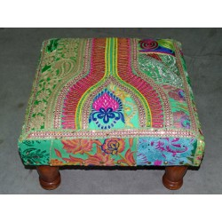 Low stool 40X40x25 cm covered with patchwork - 1