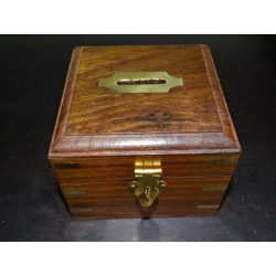 Piggy bank in solid rosewood and brass 10x10x10 cm