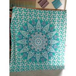 Cotton hanging 220 x 200 cm with green lotus flower
