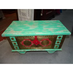 Mango wood and brass chest with green and red wheels