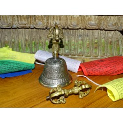 Tibetan bell and dorje diameter 7 cm and 13 cm high