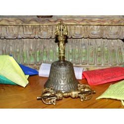 Tibetan bell and dorje 8.5 cm diameter and 15 cm high
