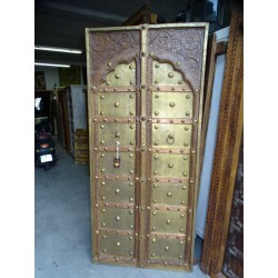 Doors one arched panel decorated with copper and brass - 91x200 cm
