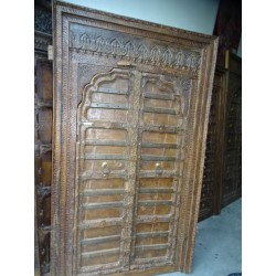 Old cupboard doors in the shape of an arch and lintel 120x206 cm