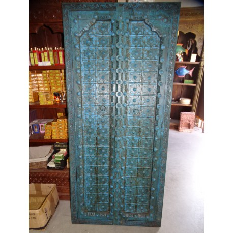 Turquoise cupboard doors with arch in 77 X 170 cm
