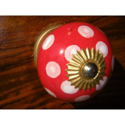 Ceramic knobs pitch vermilion